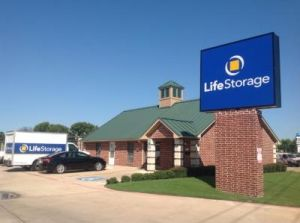 Life Storage - Fort Worth - North Beach Street