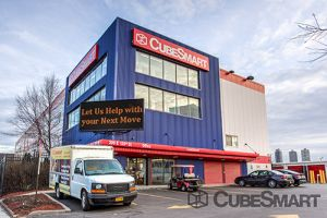 CubeSmart Self Storage - Bronx - 200 E 135th St