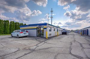 Simply Self Storage - Indianapolis IN - Hawthorn Park Dr