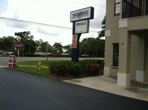 Incroyable Midgard Self Storage   S. Tamiami Trail