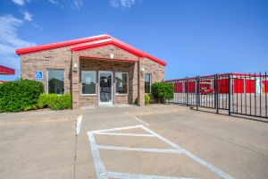 Simply Self Storage - Norman OK - 12th Ave