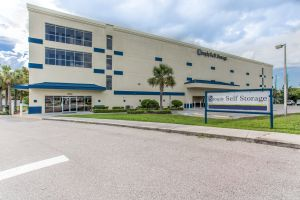 Simply Self Storage - Land O Lakes FL - Preakness Boulevard
