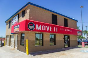 Move It Self Storage - Alvin Friendswood