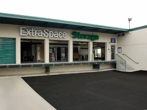 Extra Space Storage - Newton - Bridge St