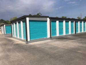 Houston Bargain Storage - 12555 Northborough Drive - Newly Remodeled