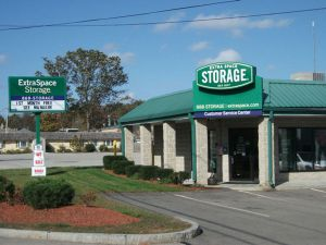 Extra Space Storage - Whitman - Bedford St