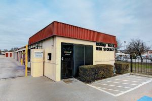 Round Rock Mini Storage - East Palm Valley