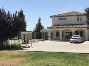 Yuba City 99 Self Storage