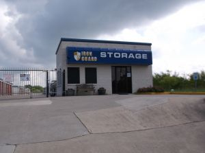 Del Valle Storage LLC