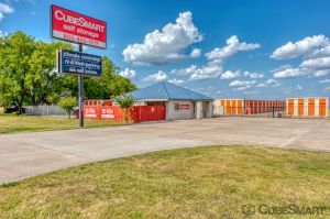CubeSmart Self Storage - Taylor - 3706 N Main St