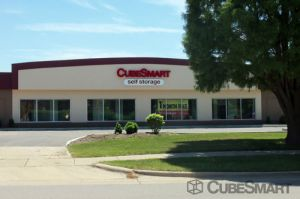 CubeSmart Self Storage - Glenview - 1775 Chestnut Ave