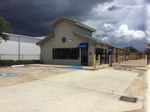 Life Storage - Houston - 12711 Westheimer Road