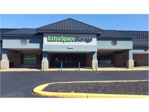 Extra Space Storage - Lafayette - Elmwood Ave