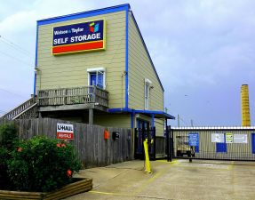 Watson Taylor Self Storage - Galveston