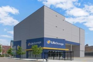 Life Storage - - 1690 East New York Avenue