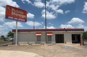 Public Storage - Houston - 5151 S Shaver Street