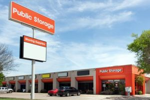 Public Storage - Irving - 1210 N Belt Line Road