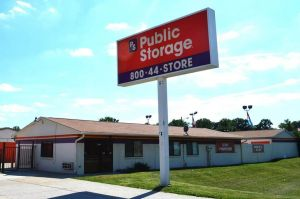 Public Storage - Indianapolis - 8651 E Washington St