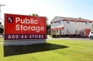 Public Storage - Elgin - 1300 East Chicago Street