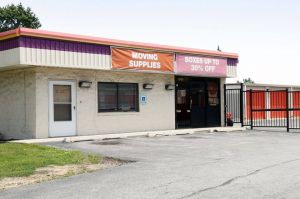 Public Storage - Chicago - 1001 W 111th Street