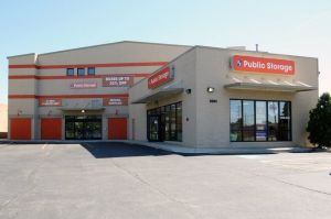 Public Storage - Lincolnwood - 3501 W Touhy Ave