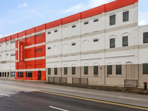 Public Storage - Chicago - 1711 W Fullerton Ave