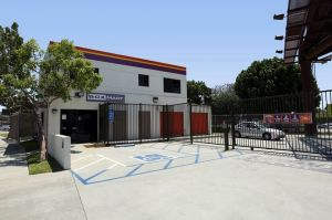Public Storage - Los Angeles - 5570 Airdrome Street