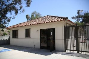 Public Storage - Los Angeles - 649 S Boyle Ave