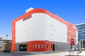Public Storage - Los Angeles - 1606 Cotner Ave