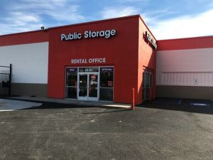 Public Storage - Woodside - 2401 Brooklyn Queens Expy