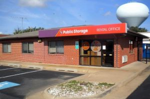 Public Storage - Woodbridge - 13887 Smoketown Road