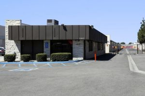 Public Storage - Long Beach - 3207 E South St