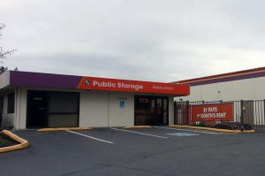 Public Storage - Bellevue - 13640 Bel Red Road