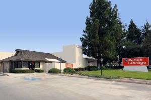 Public Storage - Anaheim - 1290 N Lakeview Ave