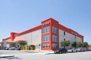 Public Storage - North Hollywood - 12510 Raymer Street