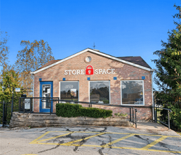 Store Space Self Storage - 1022