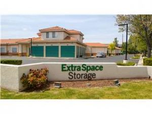 Extra Space Storage - Thousand Oaks - N Duesenberg
