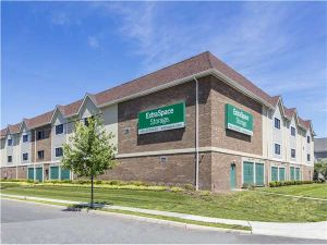 Extra Space Storage - Hackensack - Railroad Ave