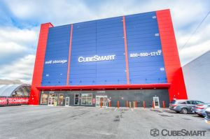 CubeSmart Self Storage - NY Brooklyn 6th Street