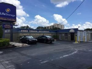 Life Storage - Tampa - West Columbus Drive