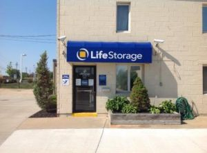 Life Storage - Westlake - Sperry Drive
