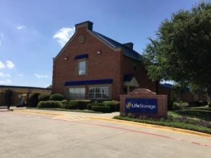 Life Storage - Garland - North Shiloh Road