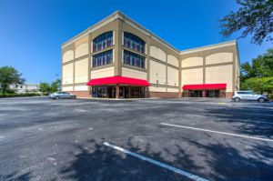 CubeSmart Self Storage - Jacksonville - 8121 Point Meadows Drive