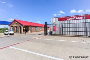 CubeSmart Self Storage - Garland - 1350 N 1st St