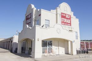 Alamo Self Storage - Carrollton