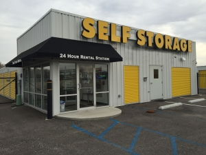 Brookville Road Self Storage - StoreNow